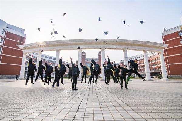 大专毕业后可以参加成人高考吗